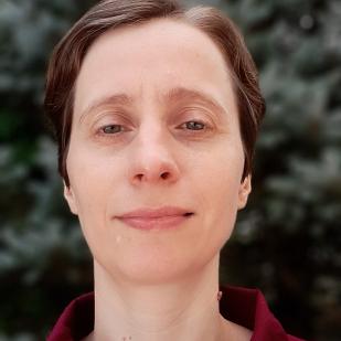 Iuliana Radu - Associate Director